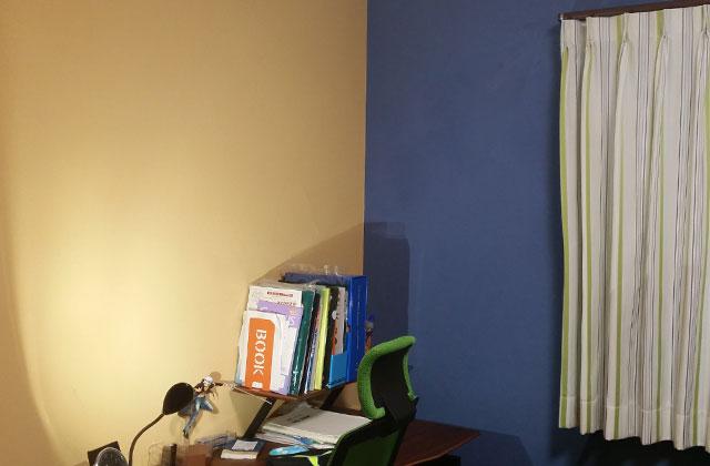 青い塗り壁は男の子に好評です